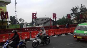 jembatan-merah-bogor-2