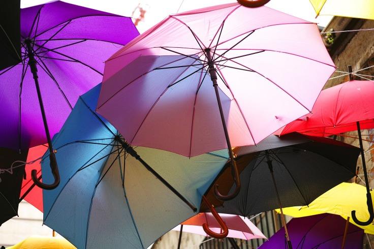 umbrella-2426539_1920.jpg