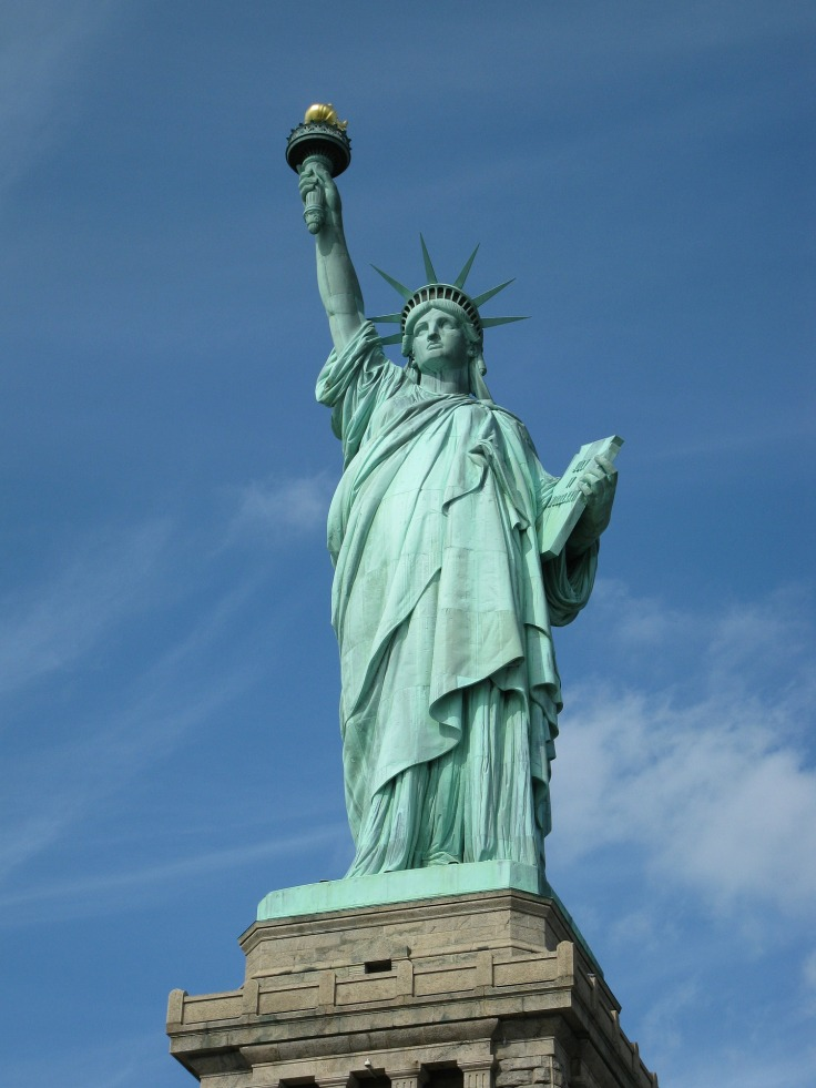 queen-of-liberty-202218_1920.jpg